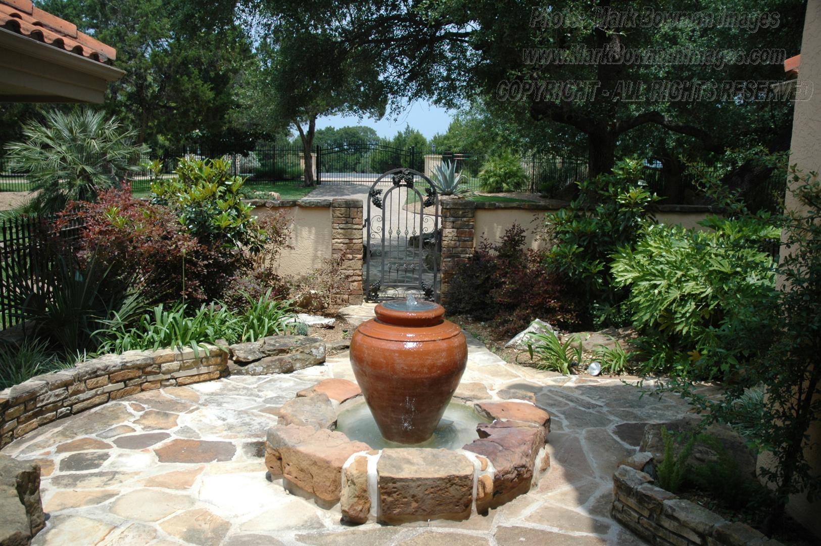 Villa Paradiso in Austin Texas